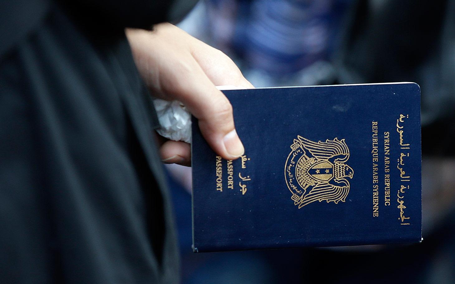 حجز صور مع تنظيمات جهادية واتهام 7 سوريين بتزوير جوزات السفر والدخول إلى المغرب بطريقة غير مشروعة