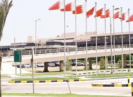 البحرين تعلن وقف الرحلات الجوية من ايران واليها