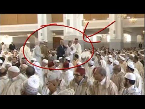 اخراج مشتبه به مجهول صلى الجمعة بالقرب بالقرب من الملك محمد السادس