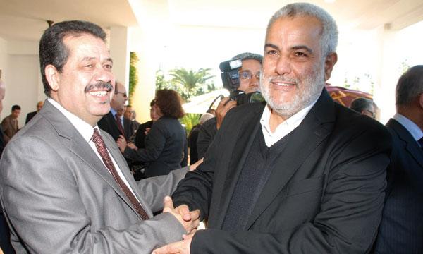 """شباط يقول إن """"يدنا ممدودة للحكومة إذا كانت مع الشعب"""""""