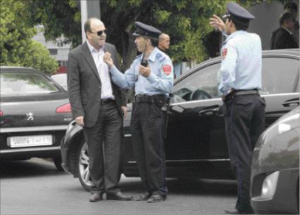 """شوهة: بنشماس يستعين بالأمن لاسترداد سيارة"""" الدولة"""" من نوابه"""