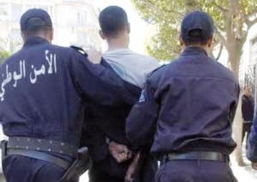 الجزائر .. محتجون يقتحمون سجن في باتنة