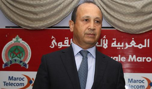 """بعد النتائج السلبية وتراجع العاب القوى المغربية..هل تتم محاسبة"""" الامبراطور"""" أحيزون"""