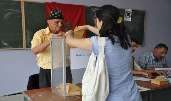 الحكومة تنفرد بتحديد 7 أكتوبر موعدا للانتخابات التشريعية أسبوعا قبل الافتتاح الرسمي