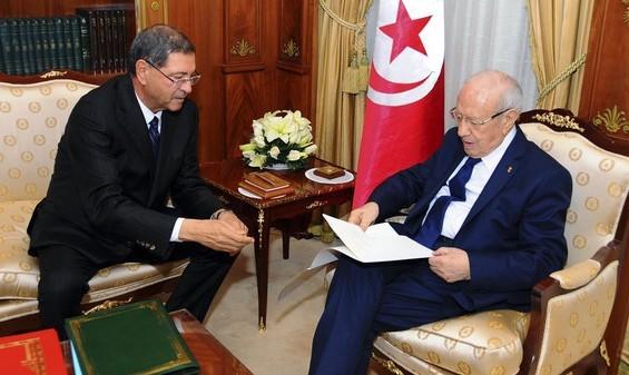تعديل حكومي في تونس والاستغناء عن الوزراء المنتدبين