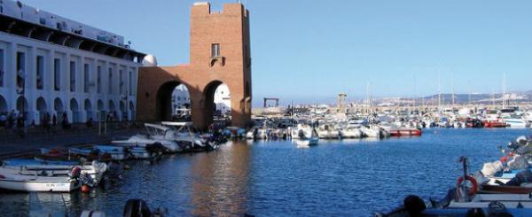 سبعة قتلى في مركب سياحي بالجزائر العاصمة