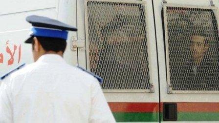 متابعة ثلاثة أظناء بالبريد بتهمة اختلاس أموال وقلة سيارات أمن استقدام المعتقلين من سجن سلا يعثر عمل القضاء