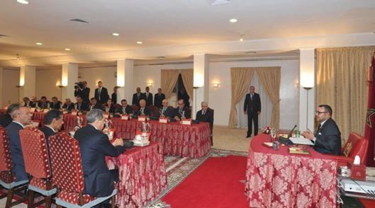 الملك يرأس المجلس الوزاري بالعيون