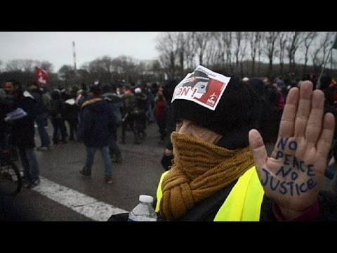 السلطات الفرنسية تمنع جميع المظاهرات