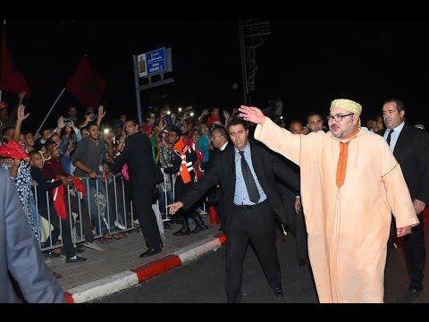 الملك يعود للعيون واستقبال تاريخي اخر ينتظره من الساكنة الصحراوية