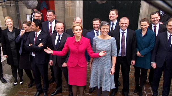 """رفع شعار """"ارحل"""" في وجه وزيرة البيئة و الحكومة الدنماركية تواجه أزمة سياسية بسببها"""