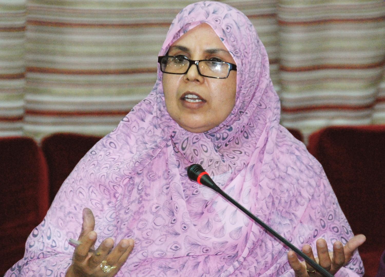 برلمانية البيجيدي غاضبة وحزينة لعدم إستدعائها لاستقبال الملك