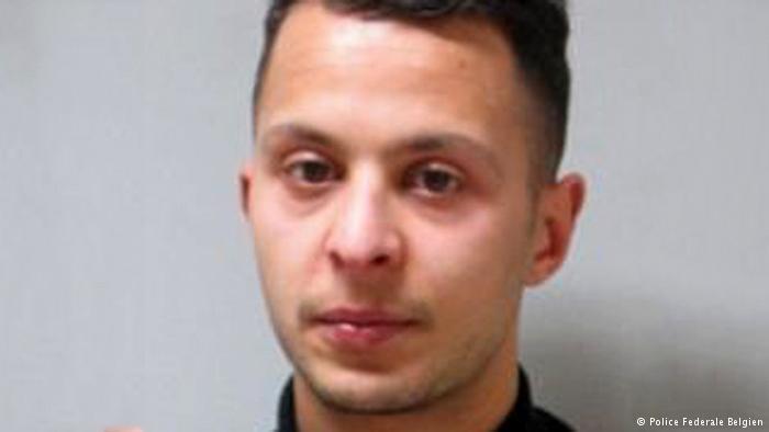المطلوب الأول في هجمات باريس صلاح عبد السلام في قبضة الشرطة ببروكسل