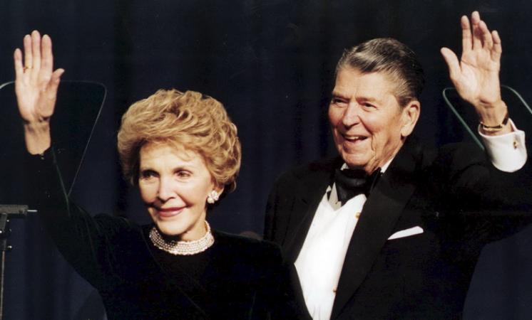 وفاة نانسي ريجان سيدة أمريكا الأولى سابقا