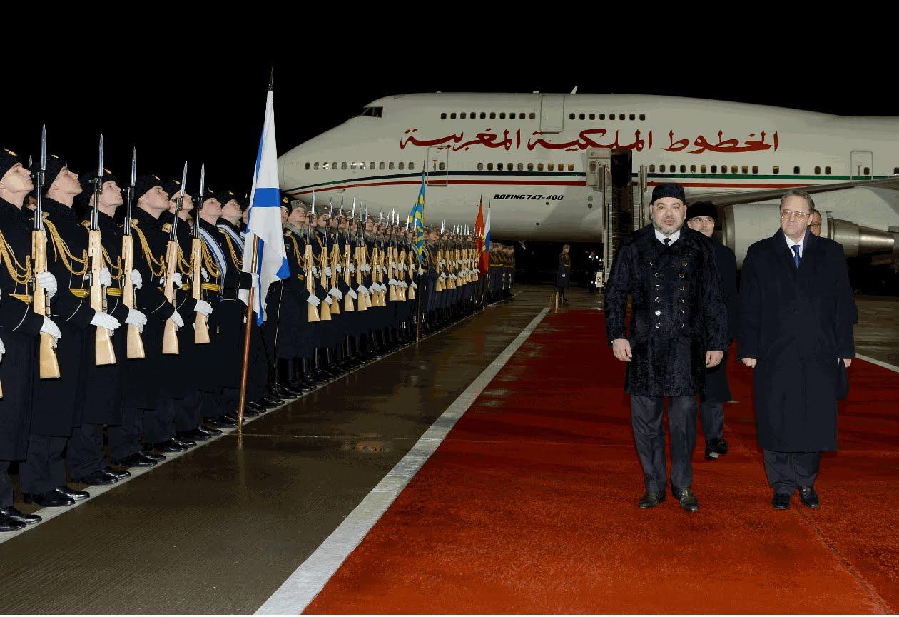لحظة وصول الملك محمد السادس الى روسيا