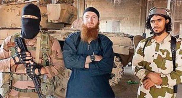وفاة قيادي البارز  بالدولة الاسلامية عمر الشيشاني بعد إصابته في ضربة جوية أمريكية في سوريا