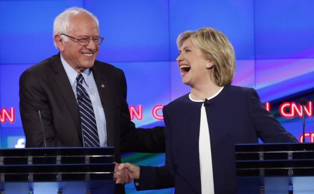 بيرني ساندرز يقلص الفارق عن هيلاري كلينتون على الصعيد الوطني