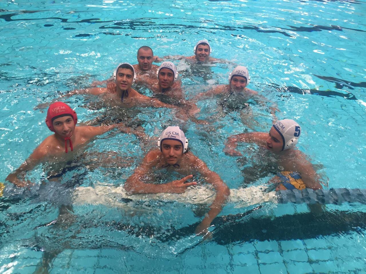 السككيون.. أبطال الشتاء في السباحة