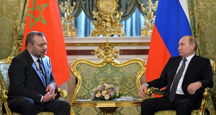الملك يتحدث هاتفيا مع بوتين وقضايا متعددة في صلب المكالمة