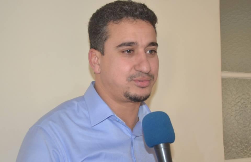 """علي أوراغ ..يكشف """"فضائح"""" الوزير انيس بيرو  في عدم قدرته الدفاع عن الجالية المغربية"""