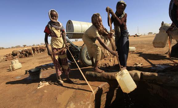 """في مصر..اضغط """"لايك"""" لامداد قرى فقيرة بالمياه"""
