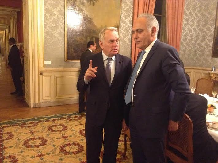 """مزوار """"فعفاع"""" يتلقي وزير الخارجية الفرنسي و سيغولين روايال"""