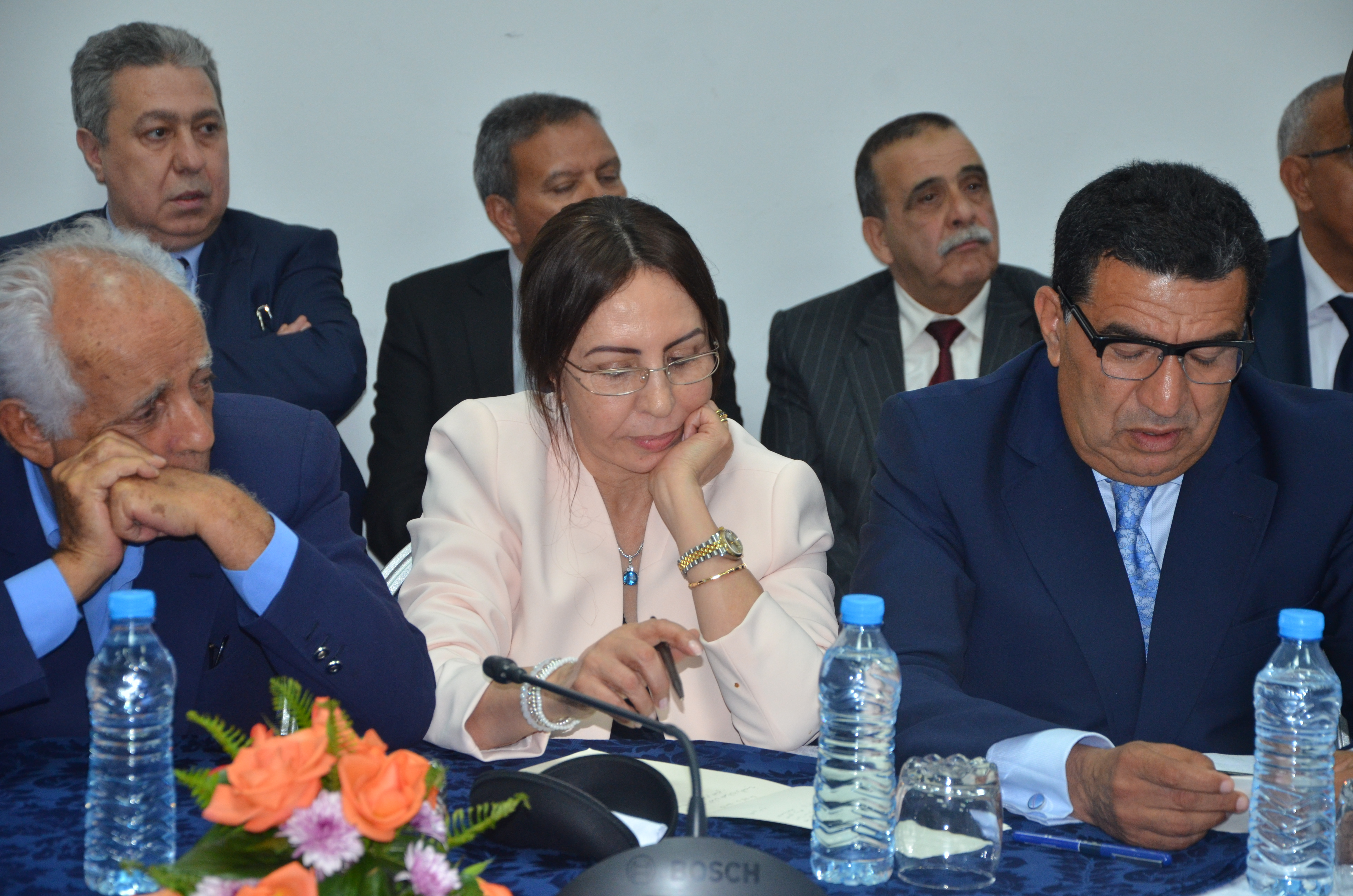قيادات حزب الحركة تنزل بقوة في لقاء بن كيران وتتشبث بالتحالف مع البيجدي