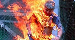 بوعزيزي ……..وفاة شيفور طاكسي بطنجة بعدما اضرم  النار في نفسه