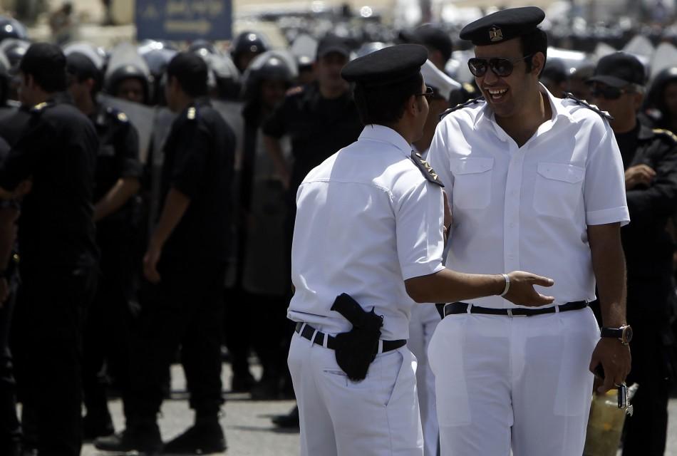 """مصر تعتقل مغربي """"دوخ"""" سيدة مصرية أرادت إستثمار أموالها في البورصة"""