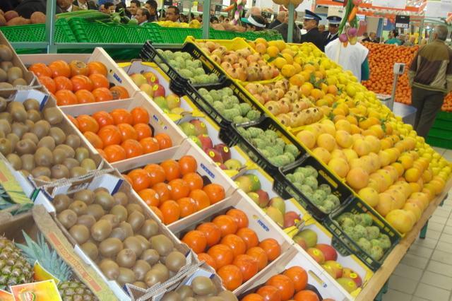 ارتفاع أسعار الفواكه مقابل انخفاض أسعار الخضر والأسماك