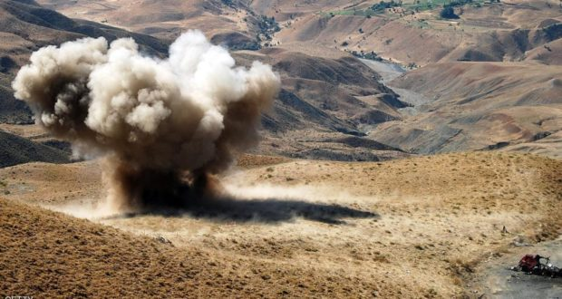 انفجار لغم بجبل قريب من الحدود الجزائرية وهذا ما خلفه