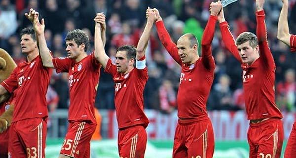 بايرن يتوج بلقب البطولة الالمانية للمرة الرابعة على التوالى