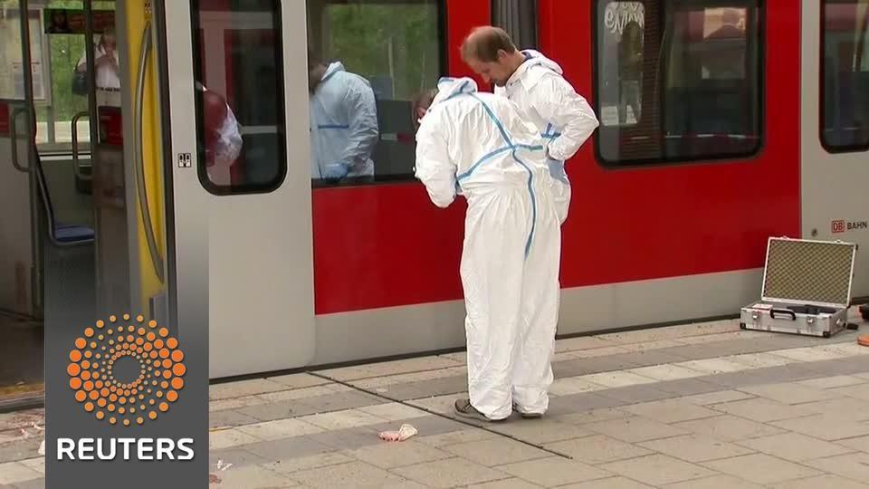 هجوم متطرف داخل محطة القطار بألمانيا
