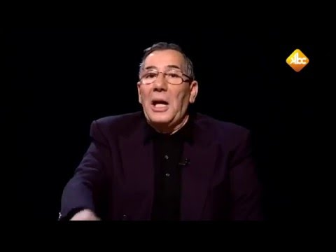 "مفكر جزائري : بوتفليقة مجرد ""بهلول """
