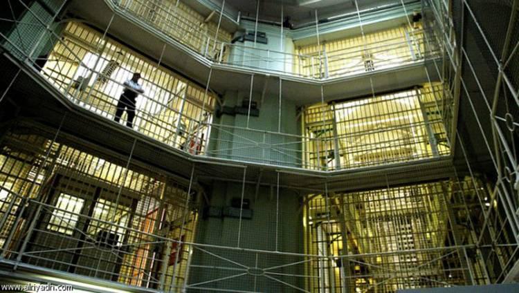إيطاليا تعتزم بيع السجون القديمة لبناء أخرى جديدة
