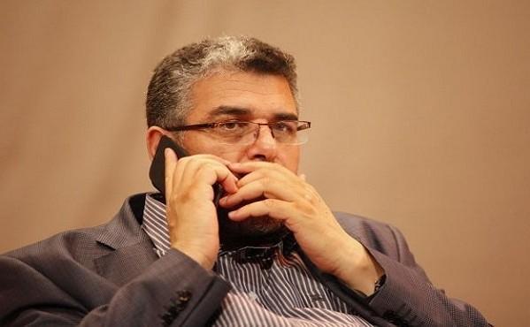 """قاضي يكشف """"عيوب ونواقص"""" وزير العدل الرميد في التعاطي مع قضية عزل القاضي فتحي"""