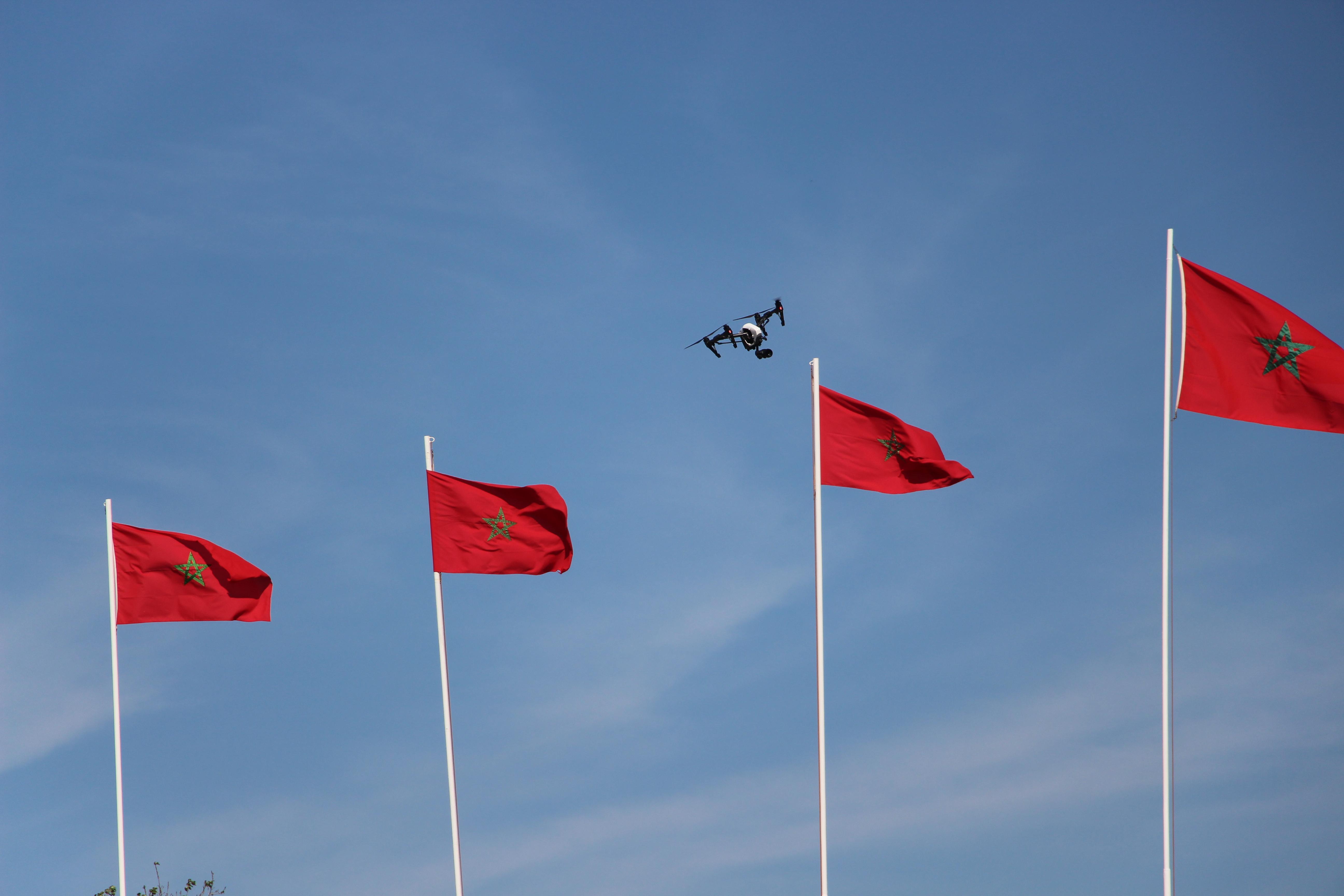 """بالصور.. تخصيص طائرتين بدون طيار """"درون"""" لتصوير مشاهد الإستعراض الأمني لعناصر الأمن الوطني"""