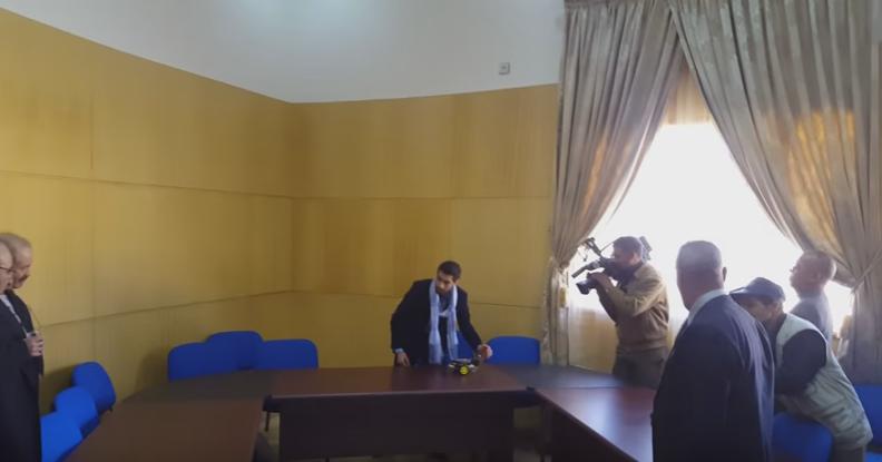 طالب مغربي يخترع سيارة ذاتية القيادة
