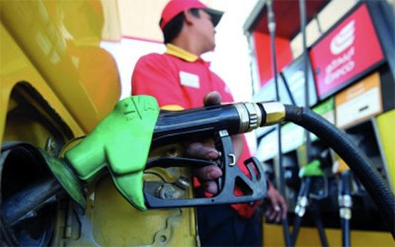 محطات الوقود مهددة بالشلل اليوم بسبب إضراب العمال