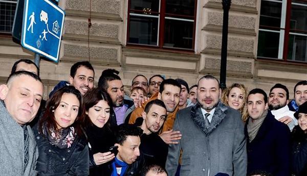 عبد الحق المريني يؤرخ لزيارة الملك لروسيا و التشيك