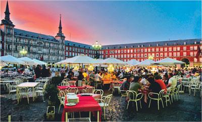 12 مليون سائح زاروا إسبانيا خلال الفصل الأول من 2016