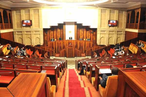 أغلب الأسئلة البرلمانية عبث