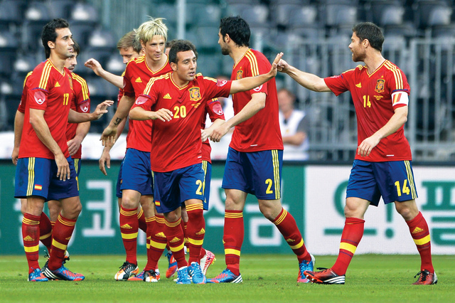 كأس اوروبا 2016: اسبانيا تبدأ مشوار الانجاز التاريخي بمواجهة التشيك