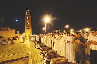 رمضان شهر الصحة والعبادة