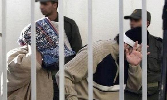 القضاء يسقط تهم الإرهاب عن عشرة أشخاص