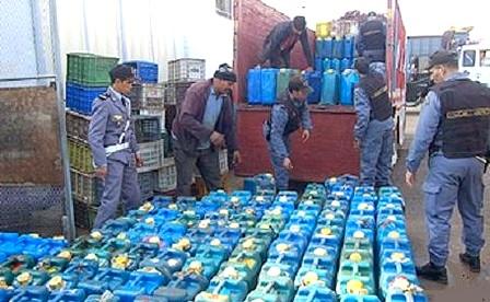 الجمارك تحجز 4 آلاف لتر من الغازوال وكمية من المخدرات ضواحي مدينة إنزكان