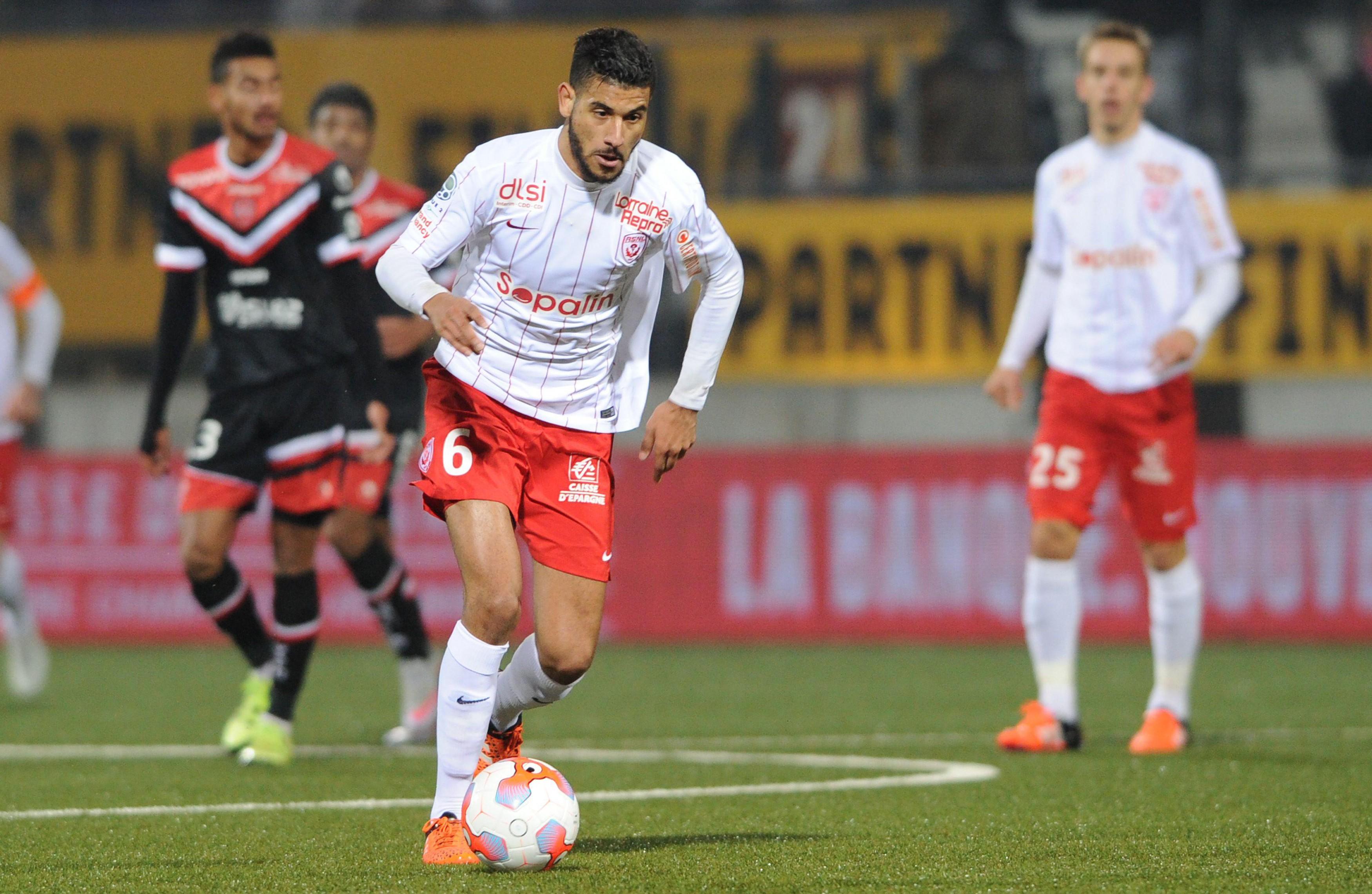 موناكو الفرنسي يتعاقد مع لاعب الوسط المغربي يوسف أيت بناصر