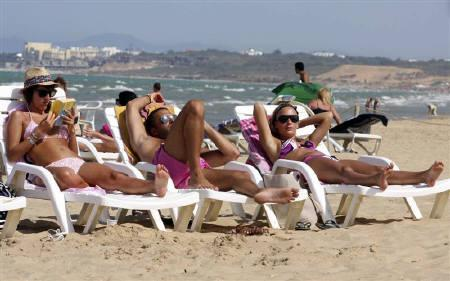 بسبب الارهاب .. انخفاض عدد السياح  بتونس بنسبة 21.5 في المائة
