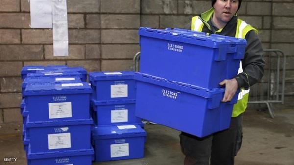 إقفال مراكز التصويت في بريطانيا وبدء عملية الفرز