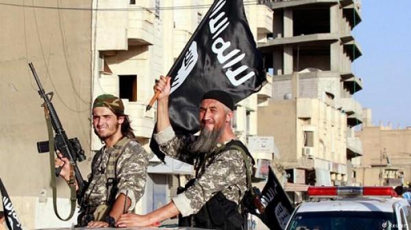مدير المخابرات الأمريكية: الدولة الإسلامية ستغير أساليبها في الشهور المقبلة